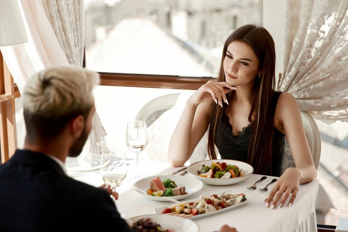 Žena na rande